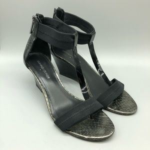 Donald's J Pliner black ankle t strap wedge sandal